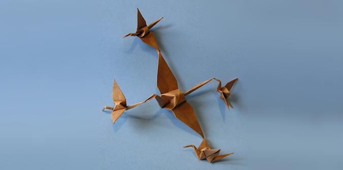 5 Tsurus em Voo - Unidos em Origami