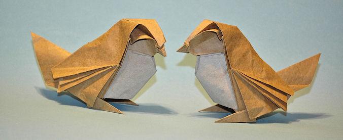 Dobrando Origami com Papel Kraft - Pardal Roman Diaz